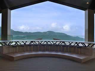 cu-mo箱根(クーモハコネ)絶景テラスに足湯、雲イメージのフードを楽しむ新スポット