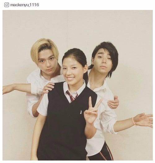 (左から)真剣佑、石井杏奈、村上虹郎/真剣佑Instagramより