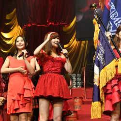 兒玉遥、古畑奈和、指原莉乃、柏木由紀「第6回 AKB48紅白対抗歌合戦」(C)AKS