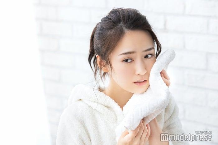 ヒヤッと冷たい冬の洗顔、どうにかしたい…!(C)モデルプレス