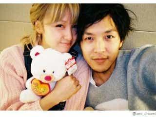 Dream Ami、元テラハ半さんと結婚1周年「私の一部になってくれてありがとう」密着2ショット公開