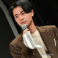 モデルプレス - 成田凌「ただの欅坂46のファン」 電車内での失敗談に共感の声