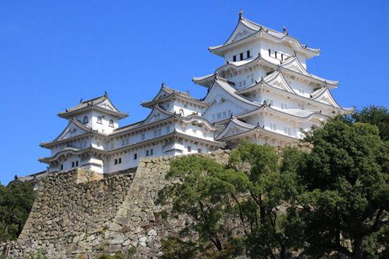 「日本の城」人気ランキングTOP10発表、話題の「天空の城」もランクイン/画像提供:阪急交通社