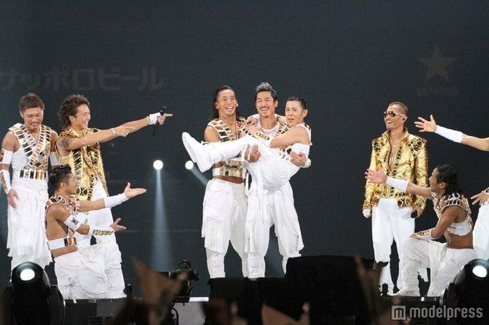 EXILEのライブにナインティナイン・岡村隆史が出演