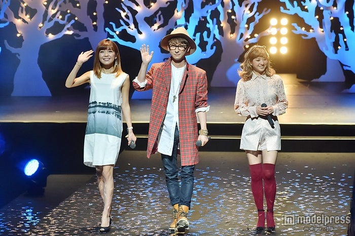 AAA/写真左から:宇野実彩子、與真司郎、伊藤千晃