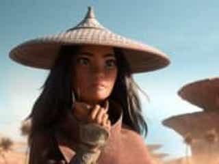 クールな眼差し…ディズニーの異色ヒロイン・ラーヤの場面写真が公開