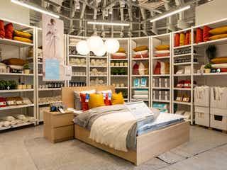 「イケア新宿」家具・雑貨約1,600点展示&デリ量り売りコーナーも併設