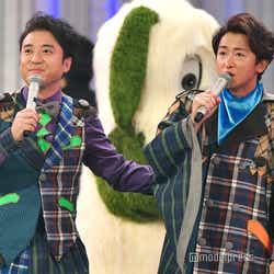 ムロツヨシ&大野智、お揃い衣装で紅白リハ登場 (C)モデルプレス