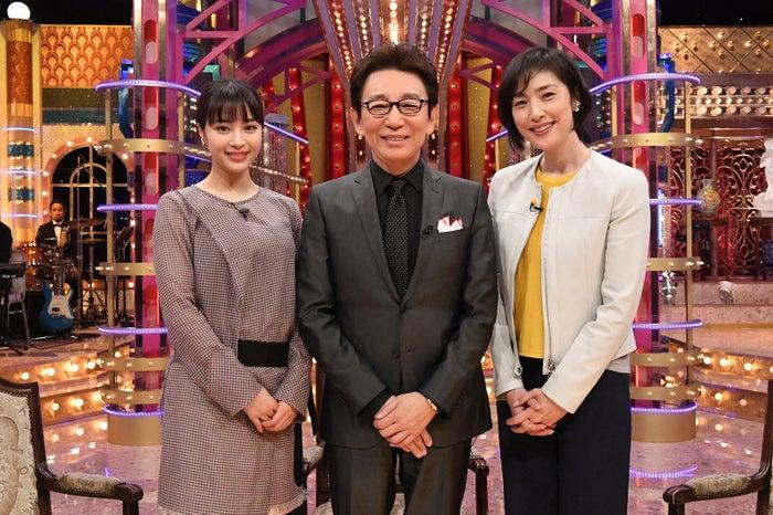 (左から)広瀬すず、古舘伊知郎、天海祐希(C)テレビ朝日
