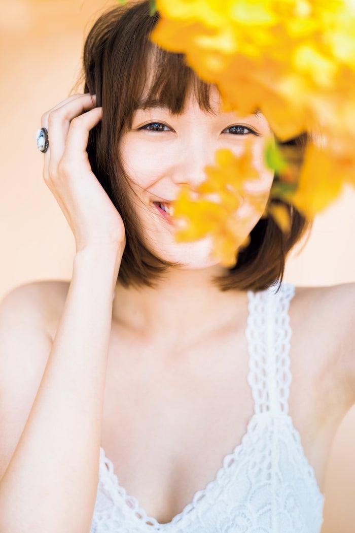 飯豊まりえ(C)矢西誠二/週刊プレイボーイ