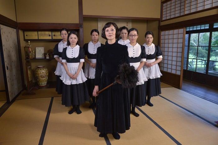 TOKIO松岡昌宏、初メイド服で夏木マリと対峙「しっくりきてるかも」(画像提供:テレビ朝日)