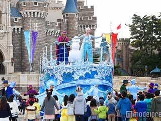 「アナ雪」イベント、新グリーティングショー初披露 エルサの魔法で雪が舞う