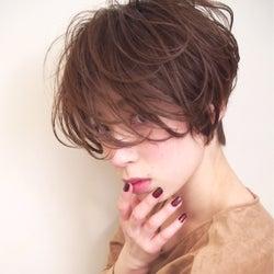 伸ばしかけの前髪をちょっとの工夫で可愛く大変身させる方法♡