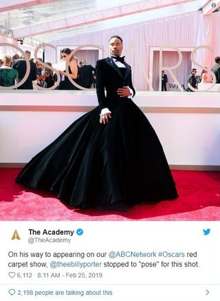 「アカデミー賞」で堂々ドレス姿を披露した俳優ビリー・ポーターを世界が称賛