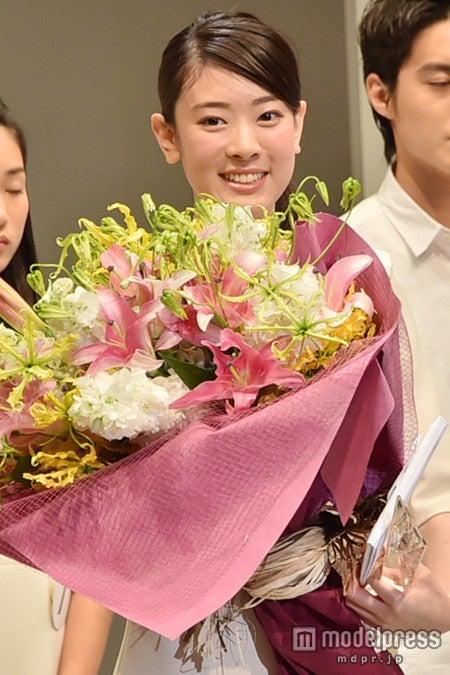 グランプリは滋賀県出身の18歳美女 佐々木希に続くスター発掘「トップコート」オーディション/グランプリの小林京香さん【モデルプレス】