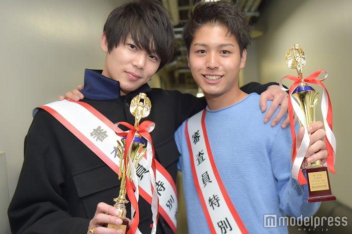 (左から)丸本拓永さん、臼田太晟さん