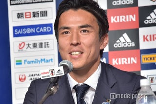 <W杯日本代表 帰国会見>代表引退に涙した選手へ 長谷部誠の胸中「言葉では言い表せない」