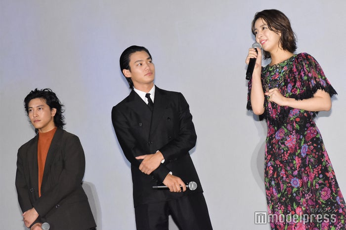 佐野岳、野村周平、柳ゆり菜 (C)モデルプレス