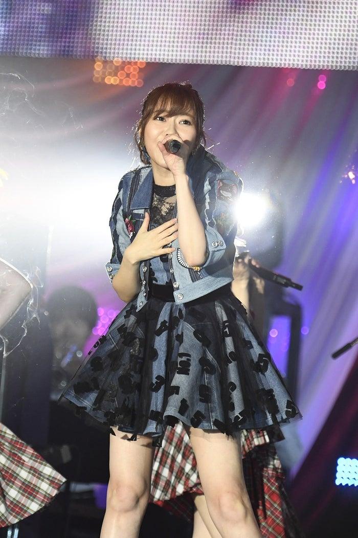 指原莉乃/「AKB48グループ感謝祭~ランクインコンサート~(1~16位)」より(C)AKS