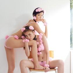 """注目美女モデル2人が""""プードル""""コスプレブラで美ボディ披露 独特ポージングも注目"""