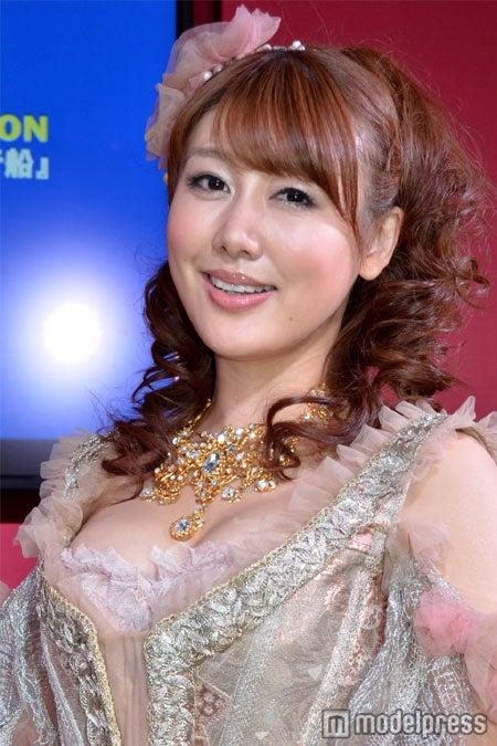 夫の東貴博から素顔を暴露された、安めぐみ