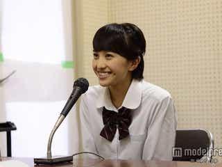 ももクロ百田夏菜子、制服姿で高校に潜入 サプライズに生徒大興奮