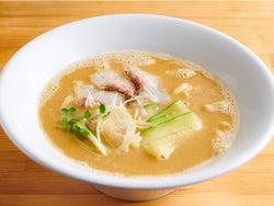 鯛のうまみがハンパない!濃厚なのにさっぱり旨いイタリアンシェフが作る「真鯛ラーメン」が駒沢大学に登場