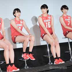 (左から)岩坂名奈、古賀紗理那、黒後愛、石井優希(C)モデルプレス