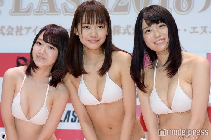 「ミスFLASH 2018」小島瑠那、保崎麗、麻亜子 (C)モデルプレス