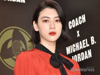 三吉彩花、クラシカルな真紅ドレスで登場<COACH×MICHAEL B.JORDANコレクション>
