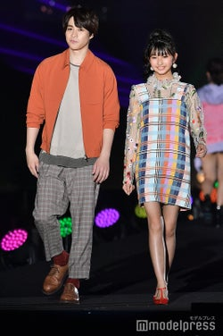 (左)西銘駿 (C)モデルプレス
