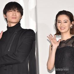 綾野剛、初の女優撮影は北川景子 ソロショットに「女神」「映画のワンシーンみたい」の声