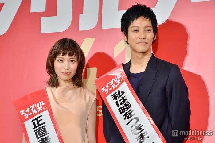 戸田恵梨香、松坂桃李 (C)モデルプレス