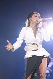 倖田來未「愛のうた」披露で観客魅了「すごいドキドキしてる」<TGC2015A/W>【モデルプレス】