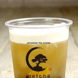 ピーチ緑茶チーズミルクフォーム¥600/画像提供:LIFEstyle