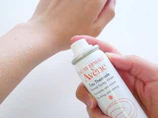 【ミスト化粧水の使い方&付け方】乾燥から肌を保湿していつでも潤い肌に!