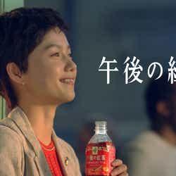 モデルプレス - 宮崎あおい、大胆ショートヘア披露「あわてない、あわてない」