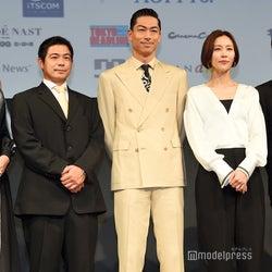 (左から)冨永愛、加藤英明氏、EXILE AKIRA、木村佳乃、佐藤大樹(C)モデルプレス