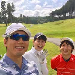 休みの日には、酒主アナや大村アナなどアナウンス室のメンバーや、友達とゴルフに行くことも。(提供写真)