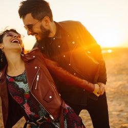 「友達から恋人」もあり!知り合い期間が長いと恋に発展しにくい理由と打開策
