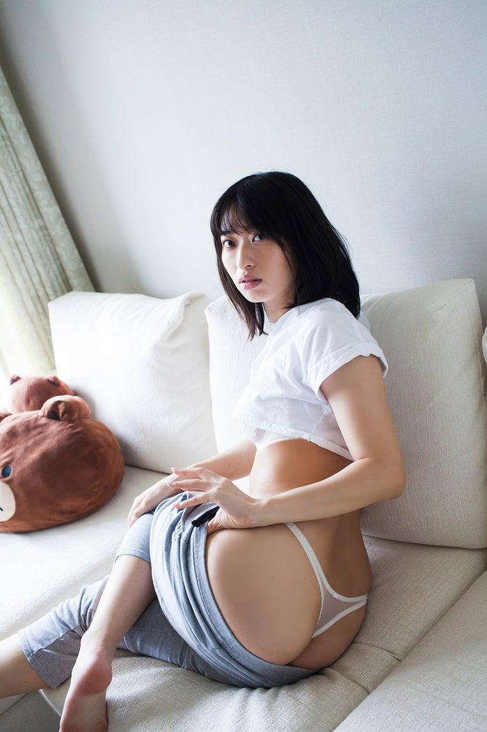 倉持由香(C)桑島智輝/光文社
