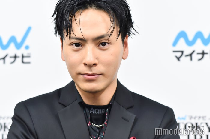 モデルプレスのインタビューに応じた山下健二郎(C)モデルプレス
