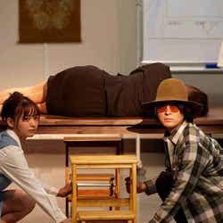 立野沙紀(左)/提供画像