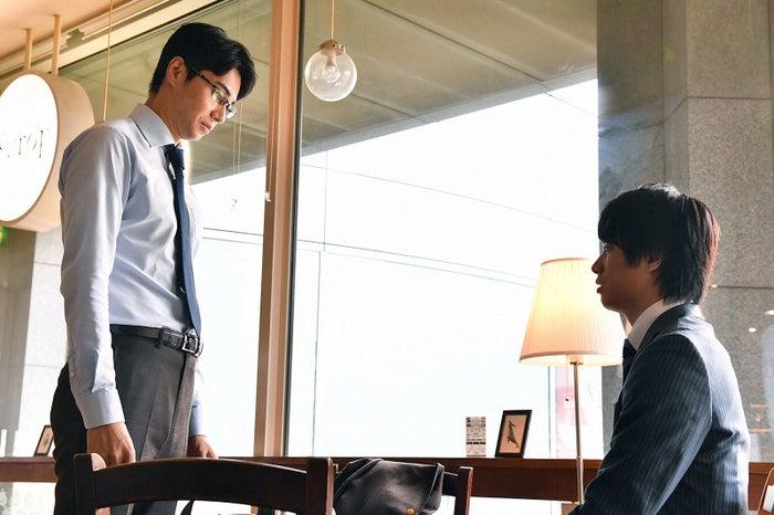 東出昌大、鈴木伸之/「あなたのことはそれほど」(画像提供:TBS)