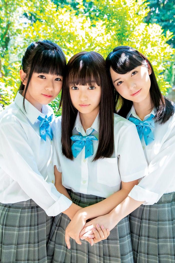 (左から)西村瑠香、日比野芽奈、村西里世(C)門嶋淳矢/集英社