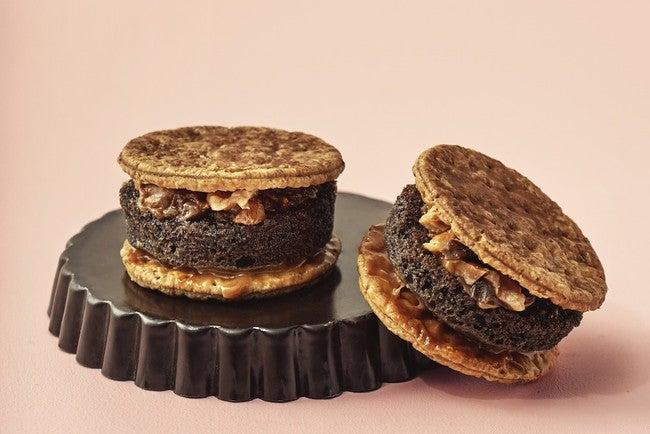 パンケーキパイキャラメルナッツショコラ 420円/画像提供:ベイクルーズ