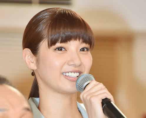 新川優愛、アナウンサーを意識「日々研究してます」