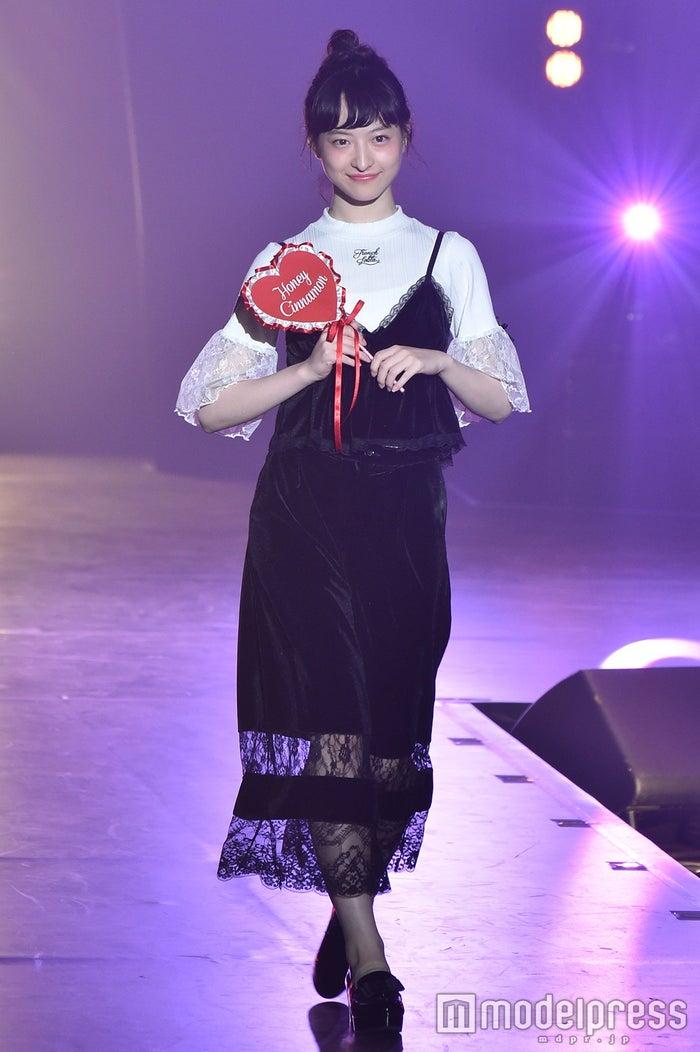 松野莉奈さん (C)モデルプレス