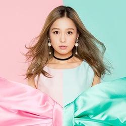 デビュー10周年の西野カナ、5年ぶりベストアルバム決定<収録曲一覧&本人コメント>
