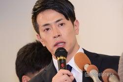 <一問一答>純烈・友井雄亮、60分の謝罪会見 流産した女性へ「逆によかった」発言の真意、なぜ暴力?…女性記者からも厳しい追求